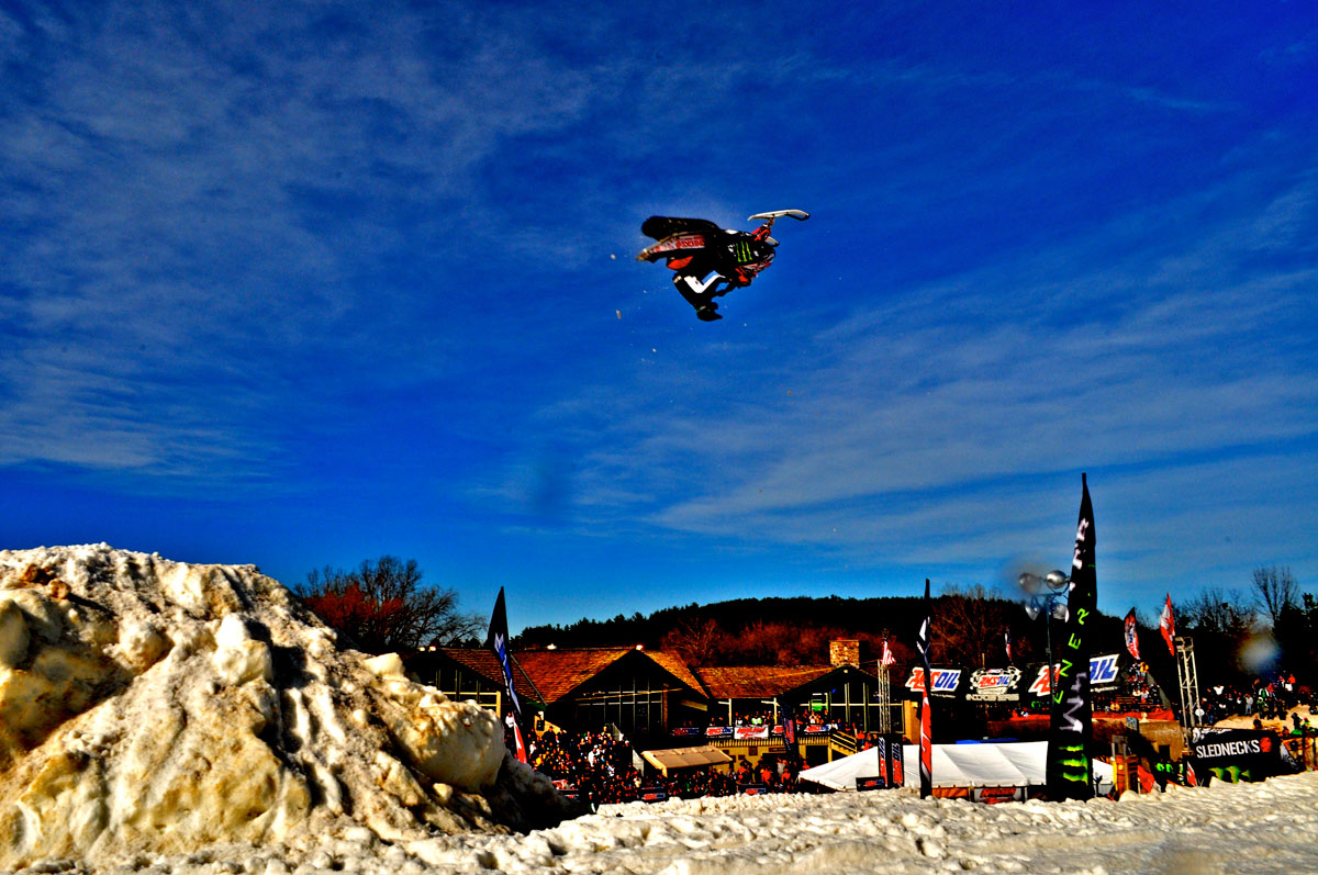 snowcross-backflip.jpg